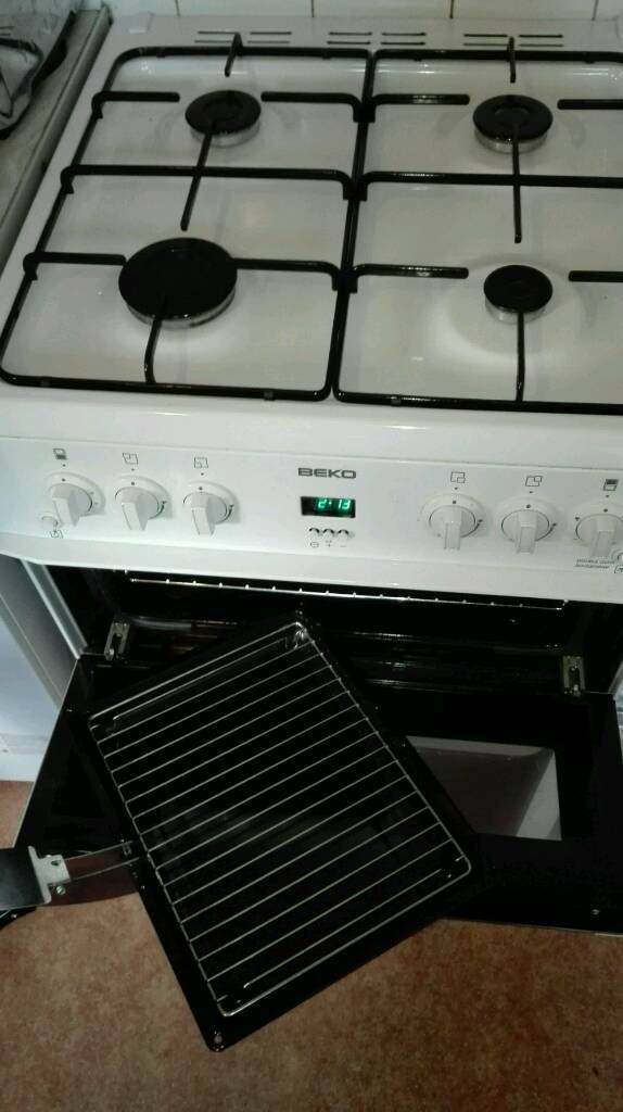 BECO gas cooker just 1year old, hardly used