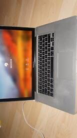 "MacBook Pro 15"" core i5 4gb 320gb 2010"
