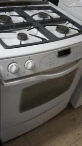WORKING JENN-AIR GAS STOVE -SELF CLEANING AND CONVECTION