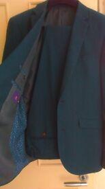 Next slim fit suit rrp£129