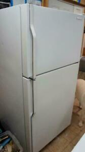WORKING WHITE FRIDGE FOR SALE not dammaged or dented