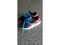 Kids Nike huaraches size 13 trainers