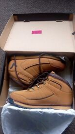 Men's Voi jeans boots size 7 brand new.