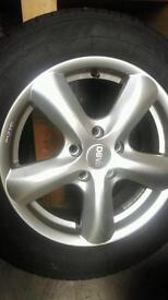 4 DBV 16' Alloy Wheels with tyres