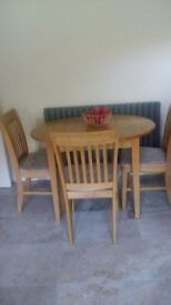 Extendable kitchen table and 3 chairs