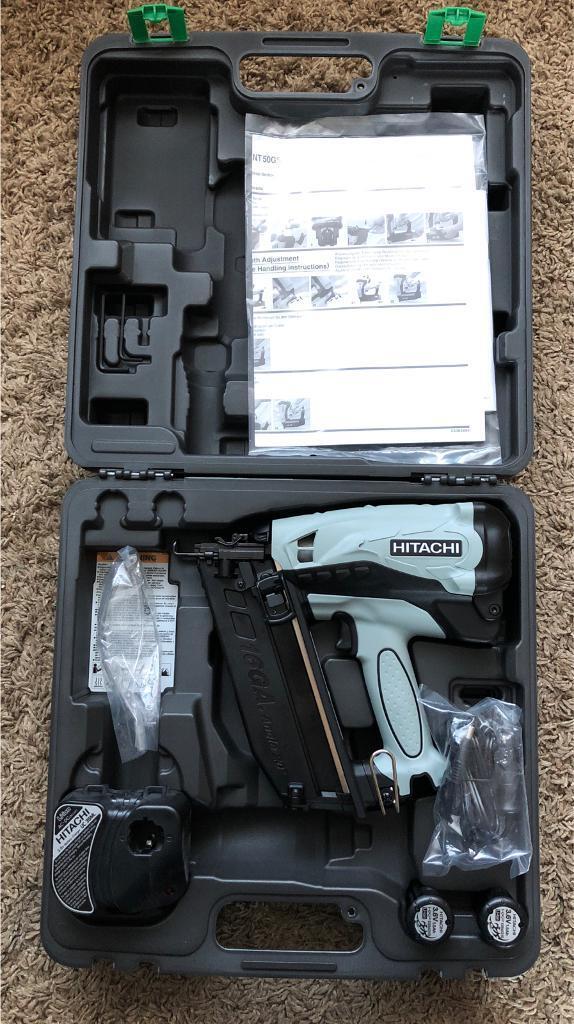 Hitachi Nt65 Angled 2nd Fix Nail Gun Kit Brand New In