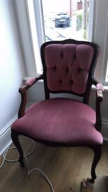 Queen anne style chair