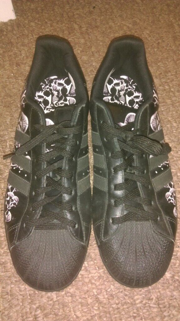 698f97b0aacf9 Adidas Superstar Skulls trainers, UK size 9, collectable | in Bloomfield,  Belfast | Gumtree