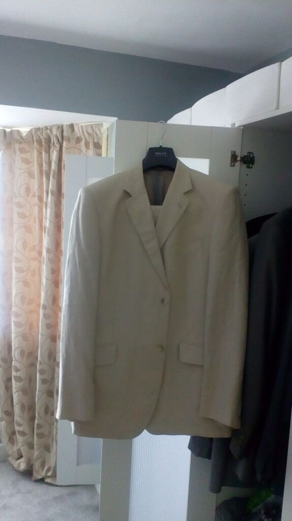 Linen Men's suit from George at Asda, chest 44r, waist 38l