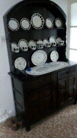 4' Priory Dutch Dresser