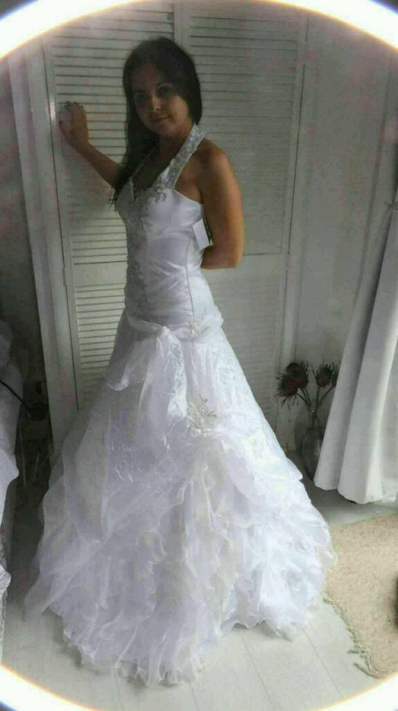 Stunning New with tag Wedding dress-reduced only now