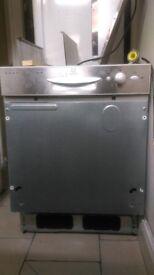 Indesit integrated / built-in dishwasher