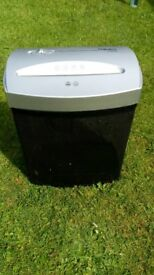 Fellowes P50CM paper shredder