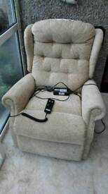 Reclining Electric Chair excellent condition