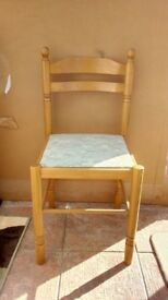 Dining chairs with light pattern padding