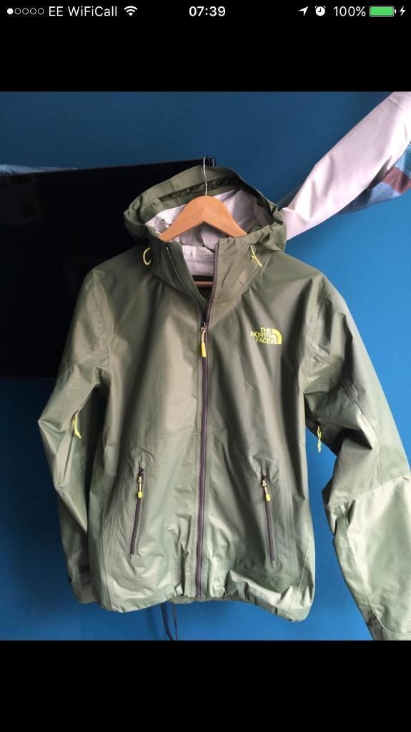8cf06419a discount north face green waterproof jacket 81bbc 48bcb