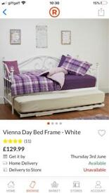 Vienna day bed /double bed