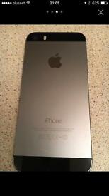 iPhone 5s 32GB unlocked to all networks ( sim tray jammed)