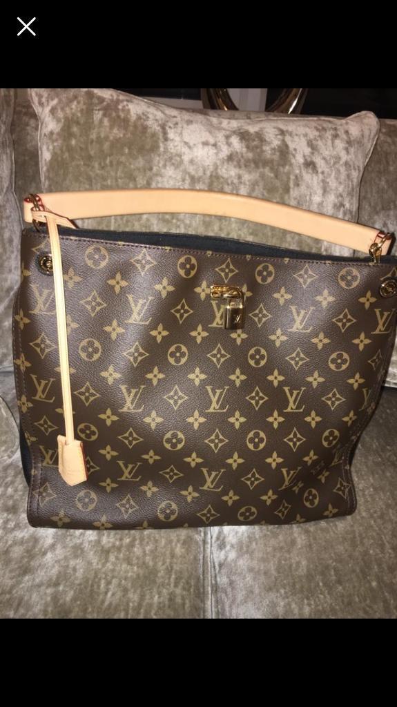 eb330b7bde92 Louis Vuitton Gaia bag
