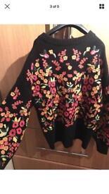 Zara Embroidered Jumper size M.