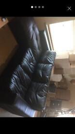 Leather corner sofa in excellent condition