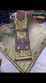 Indian/asian/pakistani salwar kameez suit