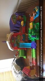 Toot toot animals zoo and farm playset with 3 animals per set.