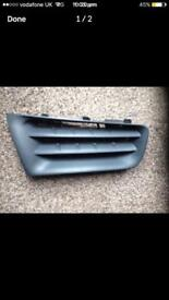 Clio mk3 front grills o/s and n/s