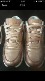 Nike Air Max 90 gold size 3