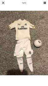 Cristiano Ronaldo Real Madrid C.F Jersey Kit Figures/Barbie Ken Doll Clothes