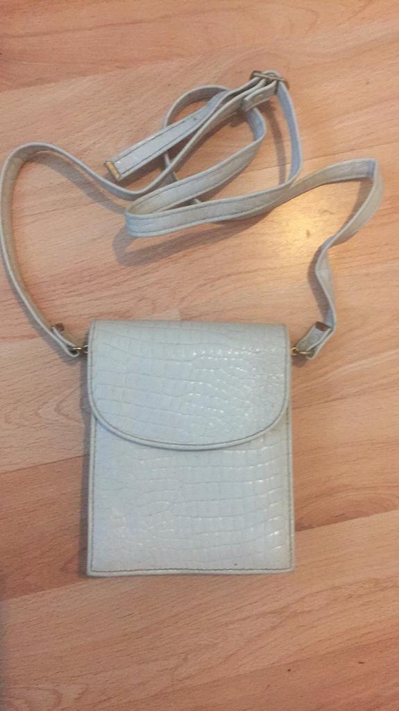 Suzy Smith vintage shoulder bag