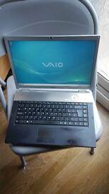 "SONY VAIO 15.4"" LAPTOP ,INTEL PENTIUM,3GB RAM,250GB HDD,WEBCAM."