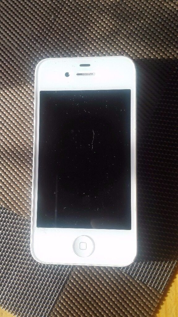 Iphone 4s in perfect condition new battery!