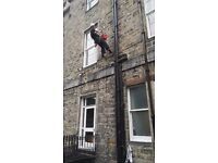 Drainpipes and gutter painting - rope acces