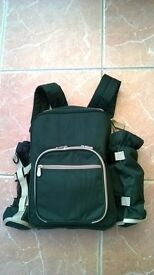 """A Brand New Two Person, Green Picnic Rucksack / Backpack 16"""" x 11"""" as Pictured."""