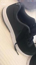 Brand new nike trainers size 4 black