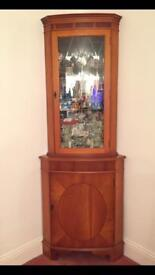 Display Cabinet - Gorgeous