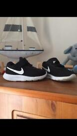Nike toddler shoes 4.5
