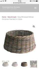 Christmas tree skirt - wicker basket