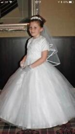 Girls full communion dress , veil , shoes and hair piece age 8