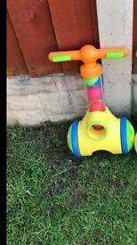 TOMY Pic n Pop Walker Toy