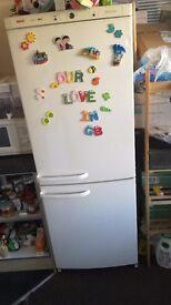 Bosch fridge freezer KGV3120GB