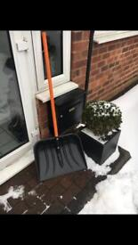 Snow Shovel made by Snow 48 Brand new £6 each or 2 for £10