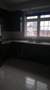 Bradford! Large 2yr old 3Bed Executive Style Townhome