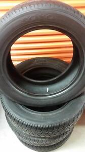 (66) Pneus d'Hiver - Winter Tires 275-55-20 Toyo 8/32