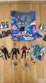 LOST IN SPACE Retro 1990s FIGURES/PLAY SETS