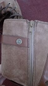 Northface boots brand new never worn size 7