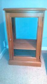 Pine hi-fi / record cabinet / unit with adjustable shelf