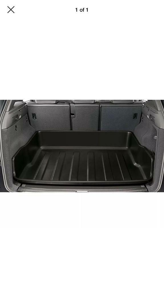 Audi Q5 genuine rigid high sided boot liner luggage tray