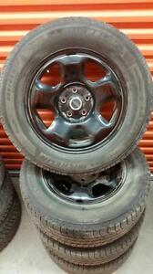 (4) Pneus d'Hiver - Winter Tires 235-65-17 Michelin 7-8/32